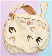 Sale 8661F - Lot 1 - A textured applique and embroidered casual tote bag, H 58 (including handles) x W 49cm