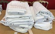 Sale 8310A - Lot 303 - A quantity of quality white cotton bedding, including 3 x doona cover, 5 x large sheets and matching pillow cases