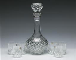 Sale 9164 - Lot 172 - A French crystal dArques decanter (H:24cm) together with 6 small glasses (H:5.5cm)