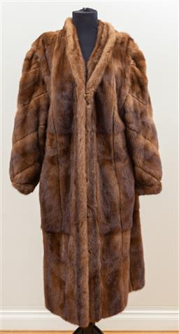 Sale 9165H - Lot 98 - A Kolinsky sable fur coat lined with suede, Size L