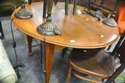 Sale 8326 - Lot 1248 - Circular Oak Table