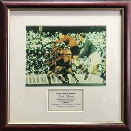 Sale 9112T - Lot 34 - Tiger Tiger Series framed photo of Keith Barnes (43 x 43cm)