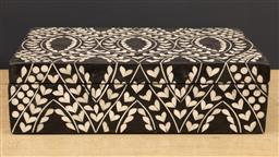 Sale 9248H - Lot 119 - A Mother of pearl inlaid hinged top box of generous proportions. 35 x 24 x 10cm
