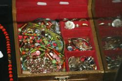 Sale 7917 - Lot 79 - Rings & Other Costume Jewellery