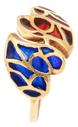 Sale 9132 - Lot 542 - A VINTAGE 18CT GOLD CHAMPLEVE TWIN HEART RING; two hearts inset with blue and red enamel, size J/12, top 11mm, wt. 2.18g.
