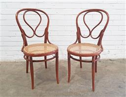 Sale 9126 - Lot 1285A - Pair of bentwood dining chairs (h:99 x d:40cm)