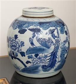 Sale 9248H - Lot 59 - A Chinese blue and white lidded vase with peony design. 31 x 29cm
