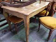 Sale 8593 - Lot 1077 - Oak Dining Table with Cabriole Legs (76 x 150 x 80cm)