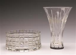 Sale 9128 - Lot 509 - Waterford Crystal Vase (H:23cm) & a Glass Bowl (Dia 20cm) (2)