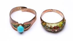 Sale 9253 - Lot 434 - Vintage sterling silver expandable dress rings (2), one set with turquoise, stamped silver (Wt 5.5g)