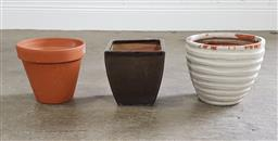 Sale 9255 - Lot 1406 - Collection of planters (various sizes)