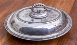 Sale 9190H - Lot 452 - A silverplated lidded entree dish with removable handle, Width 28cm