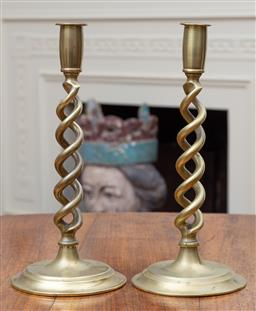 Sale 9190H - Lot 117 - A good pair of heavy antique English brass double Jacobean twist candle sticks, C: 1900.  Height 30cm