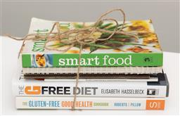 Sale 9248H - Lot 200 - A bundle on diet related books.