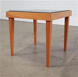 Sale 9255 - Lot 1134 - Marble top side table on timber base (h:50 w:50 d:50cm)