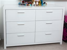 Sale 9150H - Lot 91 - A chest of six drawers in white, height 81cm, width 120cm, depth 45cm