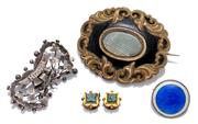 Sale 8999 - Lot 315 - TWO ANTIQUE BROOCHES AND PAIR OF STUDS; a Victorian gilt Mourning brooch inlaid with black enamel, central locket to scroll border 4...