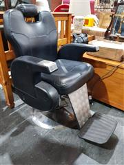Sale 8676 - Lot 1014 - Modern Leather Upholstered Barber Chair
