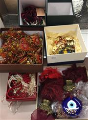 Sale 8310A - Lot 350 - A small quantity of various beaded items, including napkin rings, key chain decorations, tassels etc