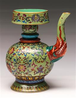 Sale 9122 - Lot 165 - A Famille Chinese Green Ground Pourer (H: 20cm)