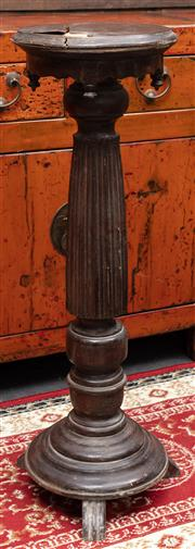 Sale 8942H - Lot 53 - A Chinese art deco style turned timber pedestal, Height 93cm