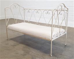 Sale 9174 - Lot 1159 - French style metal daybed (h:80 x w:135 x d:60cm)