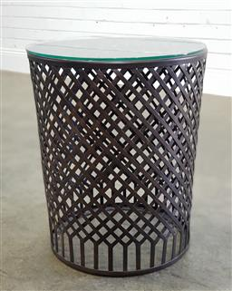 Sale 9188 - Lot 1265 - Modern metal side table with glass top (h55 x d46cm)