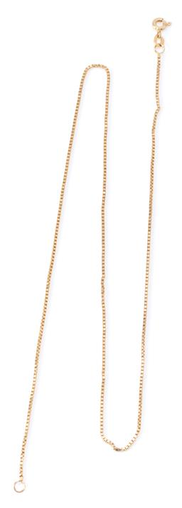Sale 9169 - Lot 310 - A 14CT GOLD BOX CHAIN; 1mm wide to bolt ring clasp with Italian marks, length 46cm, wt 3.35g.