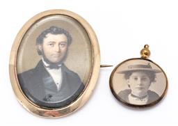 Sale 9180E - Lot 65 - A 12ct framed mourning brooch, Length 6cm, together with a portrait pendant