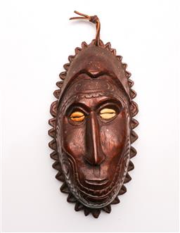 Sale 9098 - Lot 370 - PNG Ancestorial Figure/Board with Cowrie Shell Eyes H:22cm